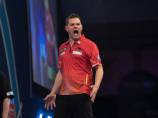 TONI ALCINAS BEATS PETER WRIGHT AND GOES TO THE NEXT PHASE